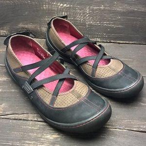 Pr!vo Leather Flats Size 11M